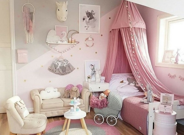 Princess dreams and unicorn themes babyyumyum for Unicorn bedroom theme