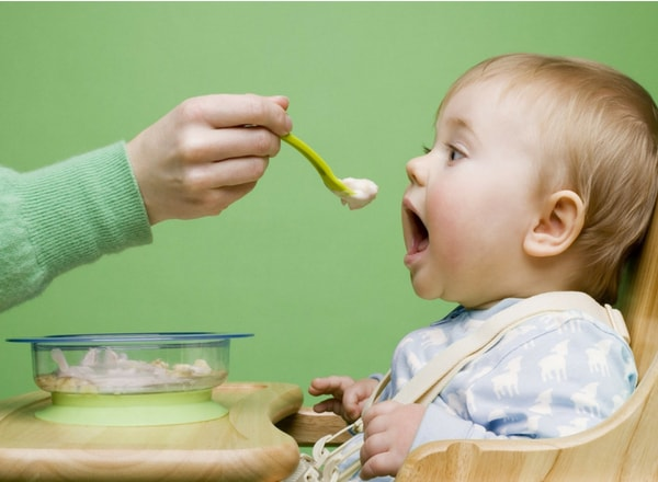 baby weaning onto solids to ease constipation