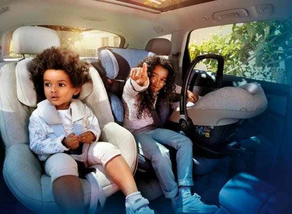 children-in-car-seat-maxi-cosi