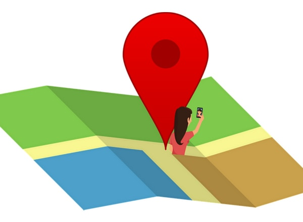geotagging map of lady taking a selfie photo