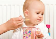 weaning-baby-solid-foods