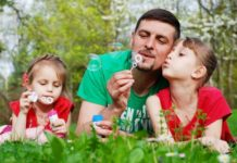 stay-at-home-dad-with-kids-blowing-bubbles