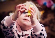 toddler-with-playing-blocks