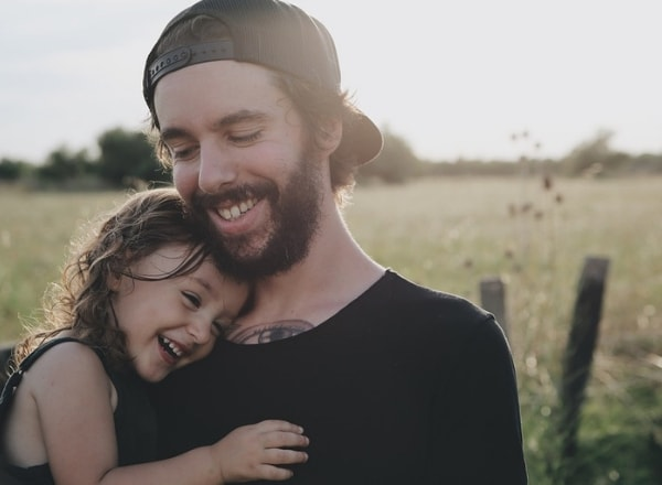 daughter-and-father-happy-smiling