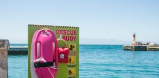 lifeguard-rescue-buoy-at-the-sea