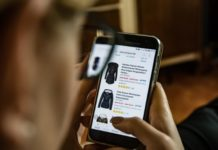 online-shopping-on-smartphone