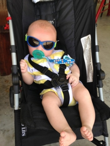 baby-wearing-sunglasses
