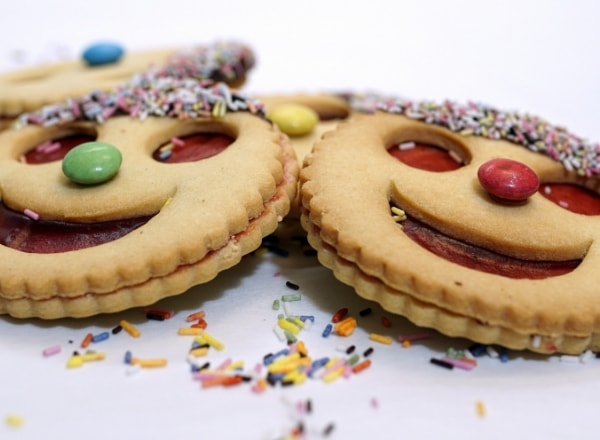 baked-smile-cookies