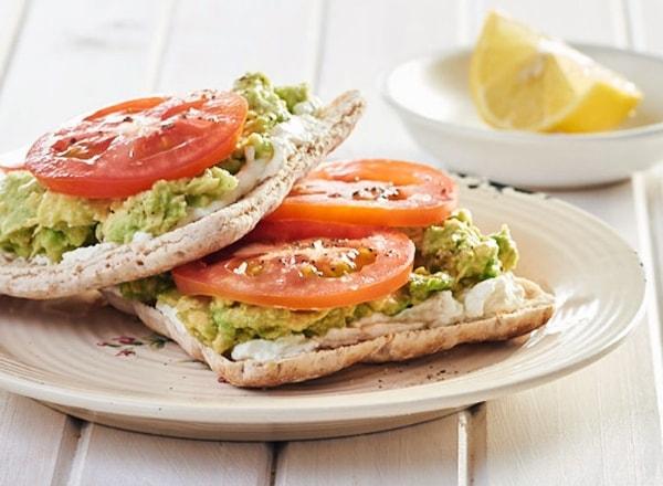 creamy-avocado-on-toast