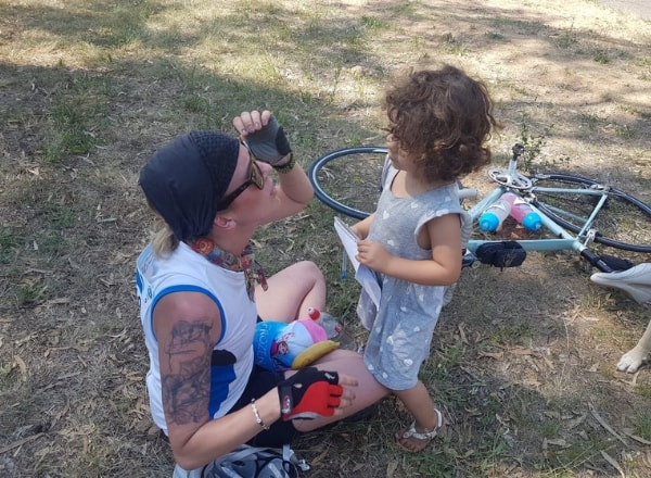 saskia-v-in-cycle-gear-with-daughter
