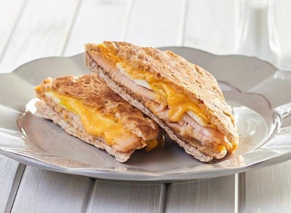toasted-turkey-sandwich