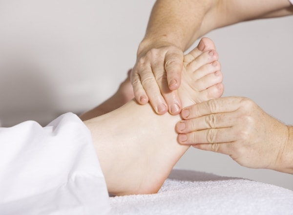reflexology-being-done-on-foot