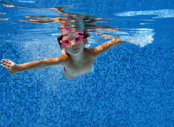 child-swimming-showing-the-value-of-exercise