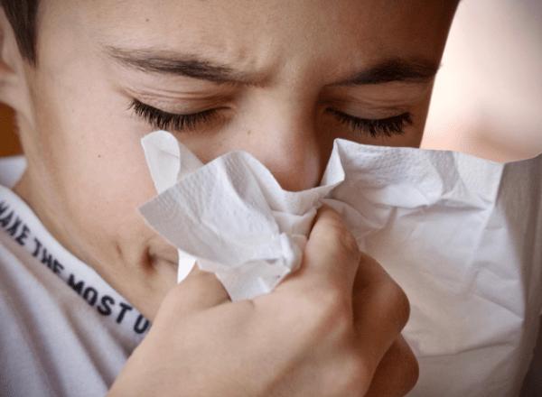 BabyYumYum_Child sneezing from allergies