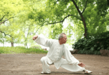 elder-man-exercise-for-your-age-tai-chi