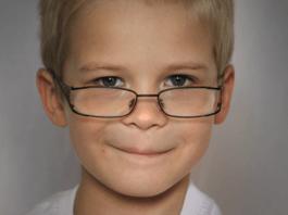 little-boy-wearing-glasses