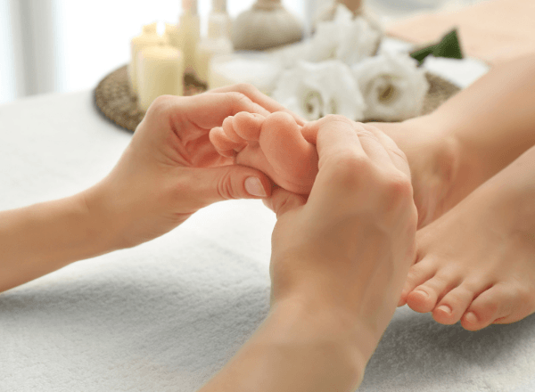 reflexology-massage-foot-rub-for-lactation-breast-milk-supply-increase-for-babies