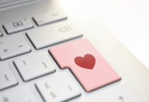 Heart enter button on keyboard for online dating