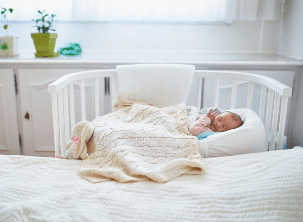 12 Ways To Share Your Bedroom With Your Newborn Baby | BabyYumYum