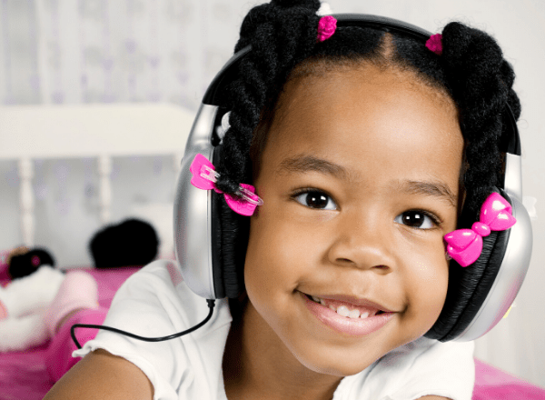 How To Use Headphones On Your Kids Safely Babyyumyum