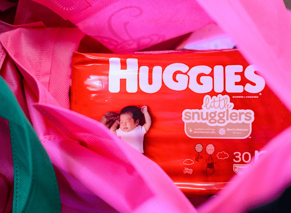 Huggies Little Snugglers nappies