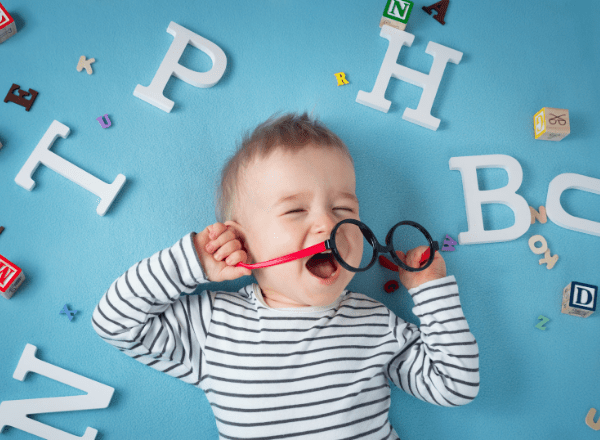 How a child's language skills develop and what parents can do to help: child learning to talk