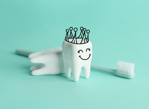 can antibiotics damage your teeth